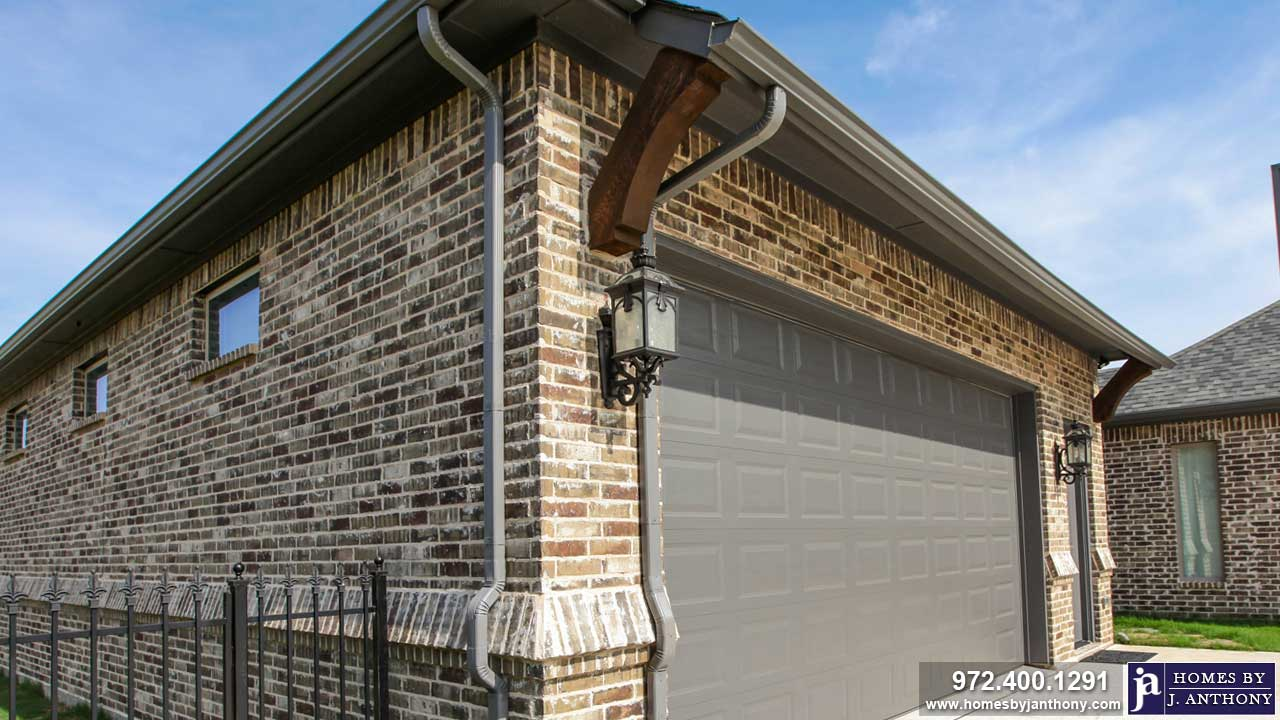 Homes By J Anthony offers Detached Garages construction